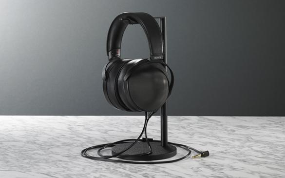 Deff製 オリジナルヘッドホンスタンド(ブラックレザー)